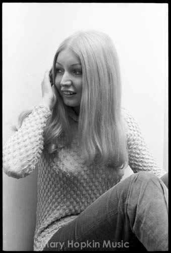 Mary Hopkin, by Phil Lloyd Smee