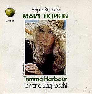 Temma Harbour APPLE 22 UK