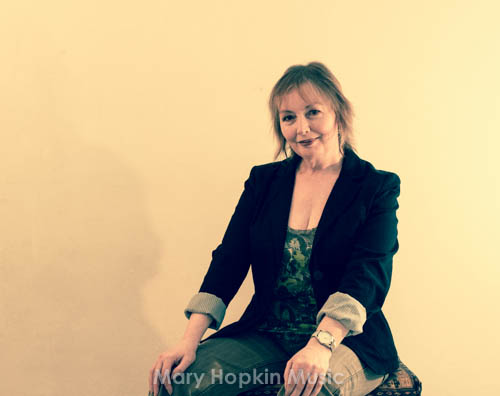 Mary Hopkin, You Look Familiar photoshoot, by Morgan Visconti
